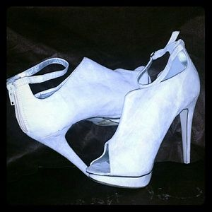 Shoes - Womens Ivory White Suede Peep Toe Heels